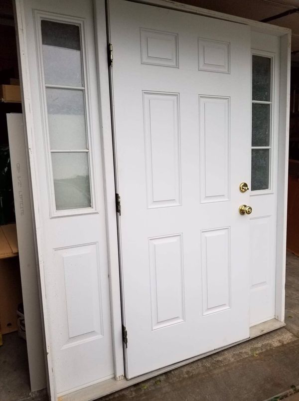 FREE- LAST DAY - PICK UP ONLY. White front door with frosted glass on sides