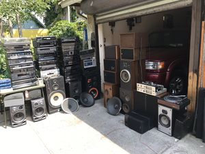Tons of audio and stereo equipment for Sale in Queens, NY