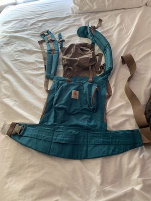 Ergo baby teal baby carrier for Sale in Newtown Square, PA