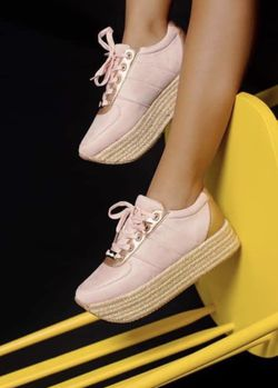 Fashion Sneakers for Sale in Orlando,  FL