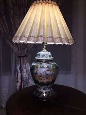 """China Pottery Lamp 22"""" for Sale in Los Angeles, CA"""
