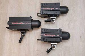 Photogenic Powerlight Kit (1) 1500, (2) 750 for Sale in North Miami Beach, FL