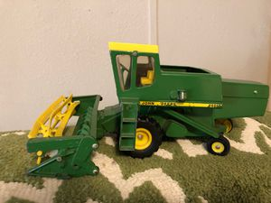 Vintage John Deere tractor for Sale in Shady Shores, TX