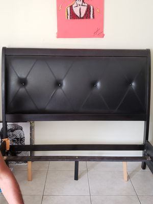 Modern bed frame for Sale in Palm Bay, FL