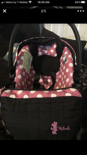 Minnie Mouse Car Seat! for Sale in El Monte, CA