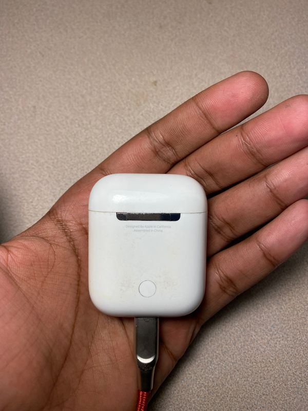 Used Apple airpods case