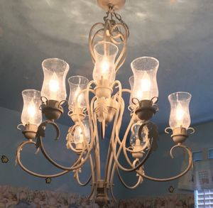 Beautiful Chandeleir lamp! for Sale in Miami, FL