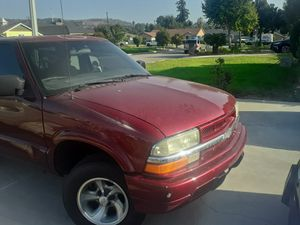 Chevy blazer 2001 for Sale in Los Angeles, CA