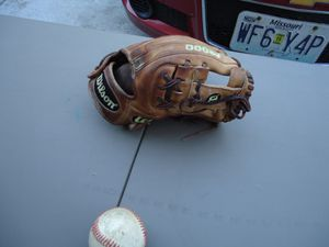 Wilson A2000 11.25 glove for Sale in Lee's Summit, MO