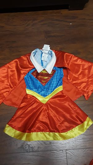 Supergirl halloween size 3/4 for Sale in Seattle, WA