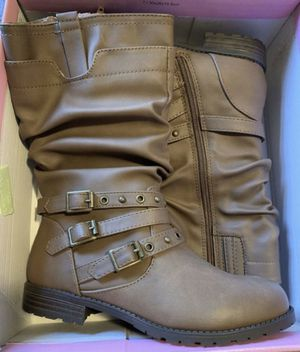 New Girl Boots size 3 for Sale in Aloha, OR