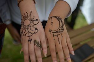 Henna tattoos Taking appointments for Sale in San Bernardino, CA