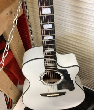 Acoustic electric guitar for Sale in Weslaco, TX