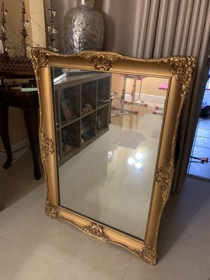 """Vintage Wall mirror with Gold Frame 43"""" H for Sale in HALNDLE BCH, FL"""