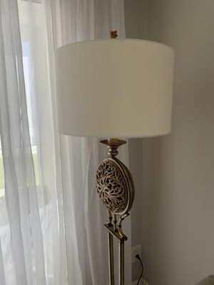 Floor Lamp for Sale in Seminole, FL