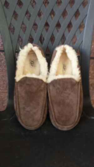 UGGS Slippers/Shoes for Sale in South Salt Lake, UT