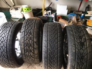 Kumho Ecsta stx tires with wheel locks for Sale in Glenn Dale, MD