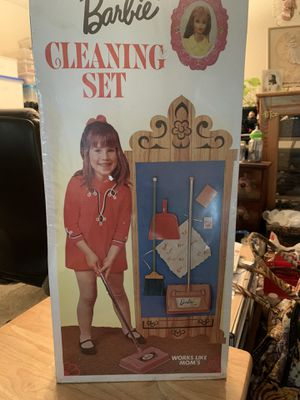 Vintage Barbie Cleaning Kit.. for Sale in Issaquah, WA