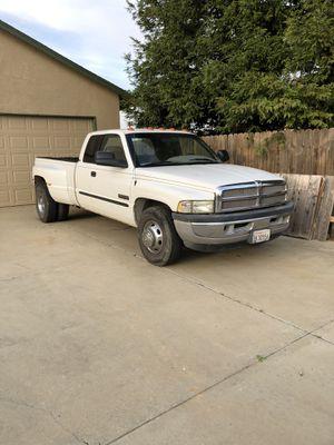 2002 Dodge 3500 Diesel for Sale in Olivehurst, CA