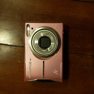 Olympus FE-46 Digital Camera for Sale in College Station, TX