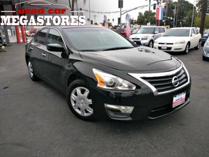 2015 Nissan Altima Call ask for Gabby 😊 for Sale in National City, CA
