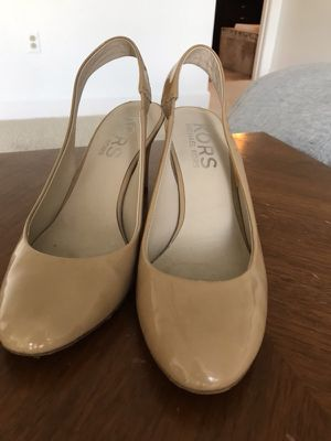 Michael Kors 8.5 shoes for Sale in New York, NY