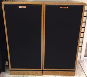 Klipsch Forte II oak tower speakers, pair for audiophile for Sale in MONTGOMRY VLG, MD
