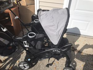 Baby trend sit and stand for Sale in Waukegan, IL