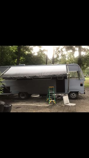 RV 72 Dodge Champion for Sale in North Bend, OH
