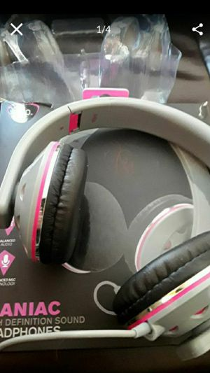 Headphone for Sale in Palmdale, CA