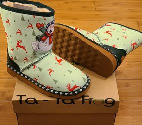 Snow Boots Size 3 For Kids for Sale in Compton,  CA