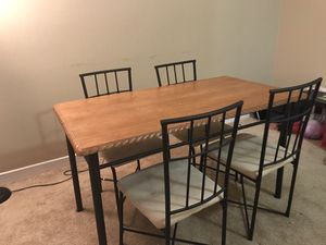 Dining table- normal condition for Sale in Cleveland, OH