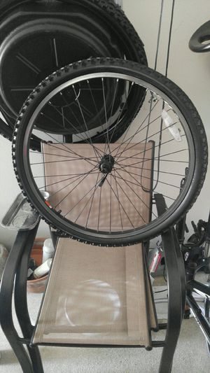Front wheel from Trek Mountain Bike for Sale in Coppell, TX