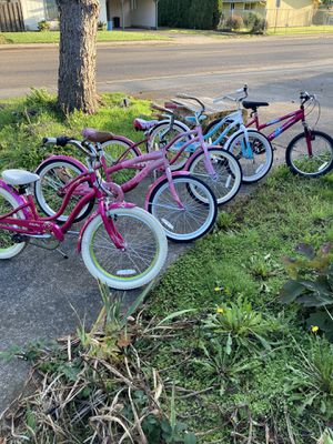 Girls bike sale!!! for Sale in Hubbard, OR