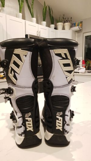 FOX Motocross, Y6, motorcycle, dirt bike comp 5 boots for Sale in Austin, TX
