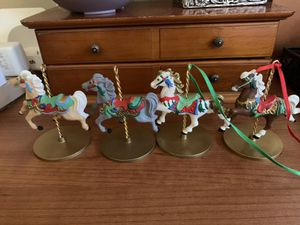 Complete Collection Snow Holly Star Ginger carousel horses toy 1989 for Sale in Los Angeles, CA
