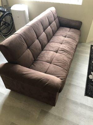 Couch/Futon(Brown) for Sale in Anaheim, CA