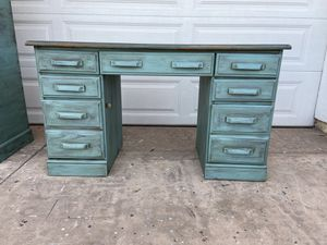 VINTAGE DESK WITH TEAL STAINED WOOD TOP for Sale in El Cajon, CA