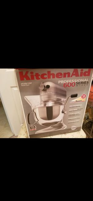 (BRAND NEW ) KITCHEN AID* PROFESSIONAL SERIES * (KP26M1XNP) SELLS FOR OVER $500 for Sale in Delray Beach, FL
