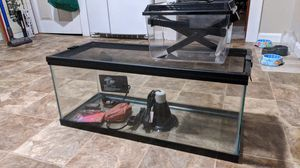 20 gallon tank for Sale in Woonsocket, RI