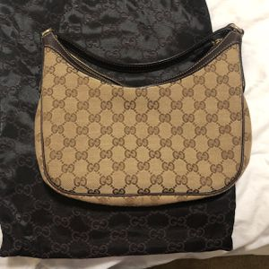 Gucci Shoulder Bag for Sale in Irvine, CA