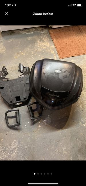 Honda Motorcycle Trunk And Fitted Stand for Sale in Painesville, OH