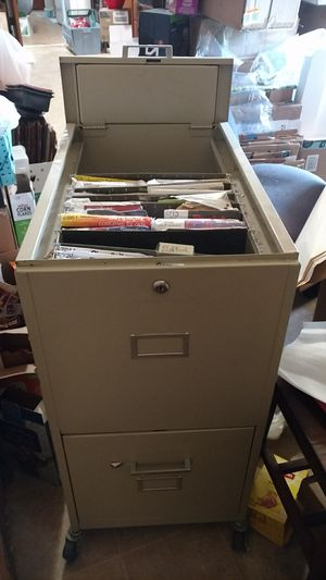 Rolling metal file cabinet for Sale in San Diego, CA