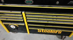 Pittsburgh Steelers snap on tool box for Sale in Mantua, OH