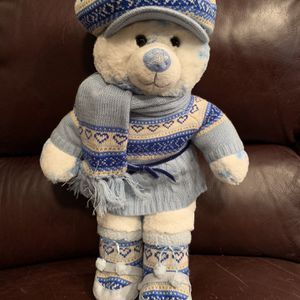 """Build-a-Bear Snowflake White/Blue 17"""" Bear including Winter Outfit with Matching Hat, Dress, Scarf and Boots for Sale in Chandler, AZ"""