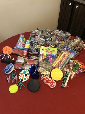 Assorted party decorations. for Sale in Mechanicsburg, PA