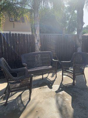 Set de patio for Sale in Pomona, CA