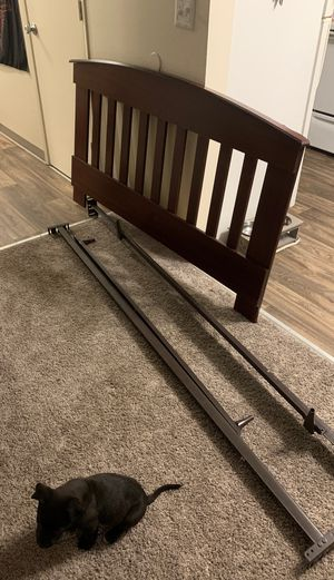 Brown headboard with full size bed frame for Sale in Puyallup, WA