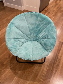 Saucer chair for Sale in Marysville,  WA