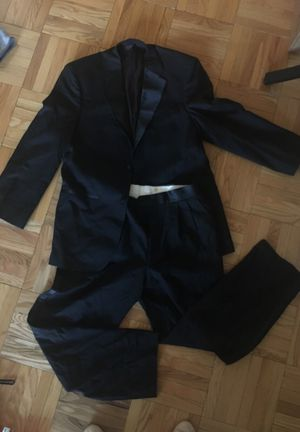 Tux size 40r for Sale in New York, NY